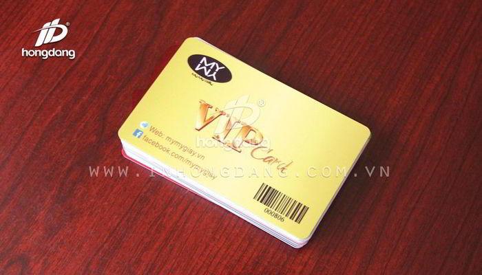 Việc sử dụng thẻ nhựa số lượng ít ngày càng trở nên phổ biến hơn